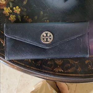Handbags - Tory Burch wallet